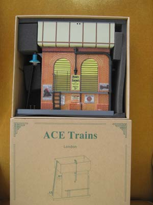 Ace Trains Vintage Style Tin Printed Water Tower