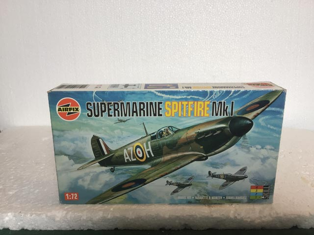Airfix Model Kits - Supermarine Spitfire MK1