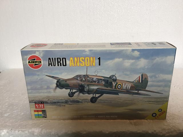 Airfix Model Kits - Avro Anson 1 Series 2 1:72 Scale
