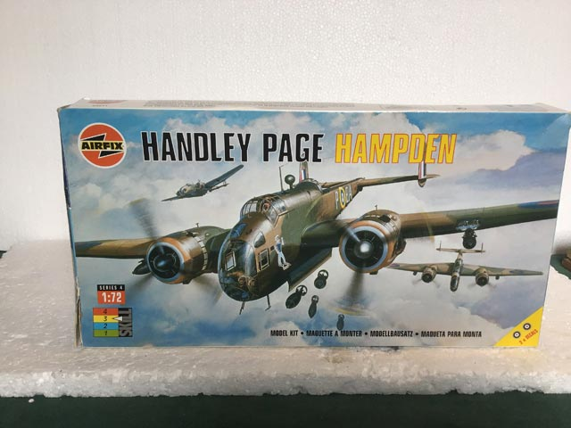 Airfix Model Kits - Handley Page Hampden Series 4 1:72 Scale
