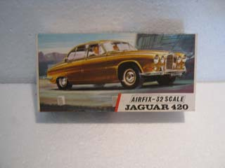 Airfix Model Kit - Jaguar 420 Airfix 1/32 Scale