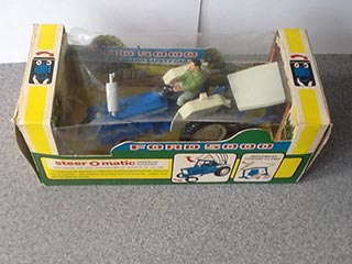 Britains Farm Toys No 9527 Ford 5000 Tractor
