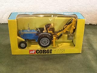 Corgi Toys 72 Ford 5000 Super Major Tractor With Trenching Bucket