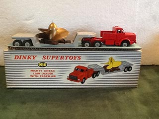 Dinky Super Toys 986 Mighty Antar Low Loader With Propeller