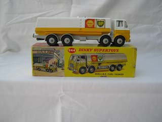 Dinky Super Toys 944 Leyland Octopus Tanker Shell BP
