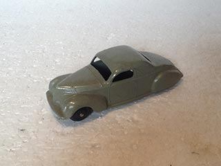 Dinky Toys Vintage 39C Lincoln Zephyr Coupe