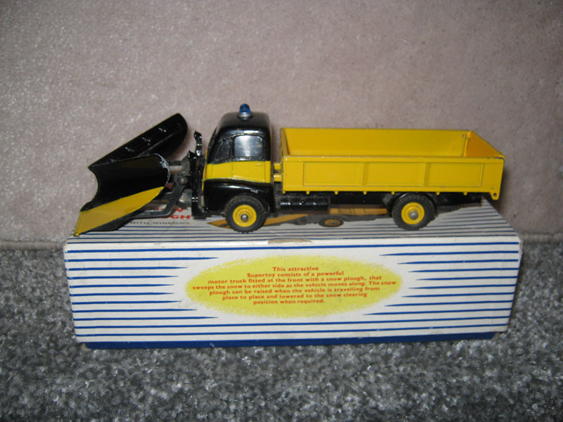 Dinky Super Toys 958 Guy Warrior Snow Plough Boxed. Yellow Black Body and Plough Blade Spare Wheel