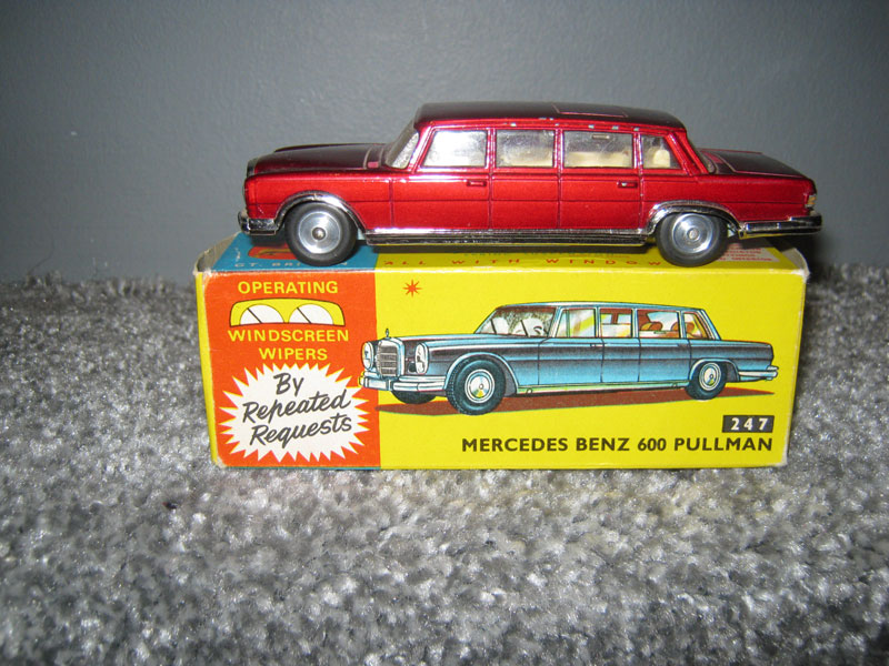 Corgi Toys 247 Mercedes Benz 600 Pullman Metallic Maroon Body, Cream Interior, Windscreen Wipers