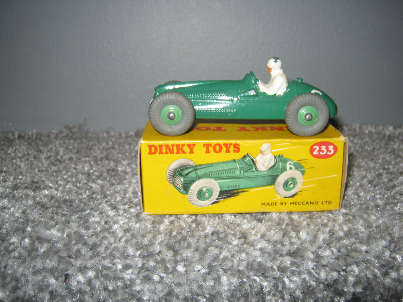 Dinky Toys 233 Cooper Bristol Racing Car, Green Body R/N 6, Green Cast Hubs, 23G on Base