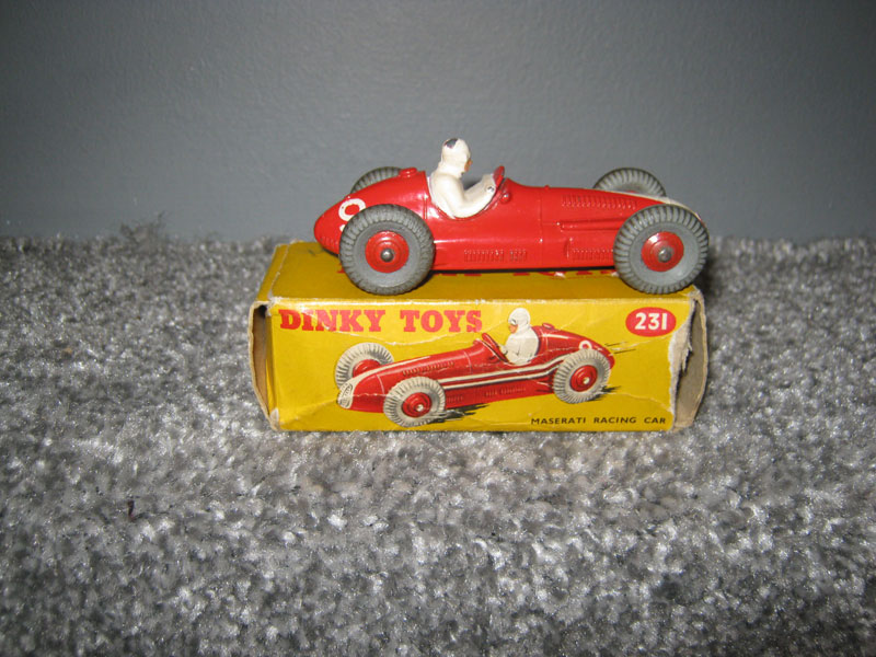 Dinky Toys 231 Masserati Racing Car, Red Body White Flash R/N 9 Red Cast Hubs, 23N on Base