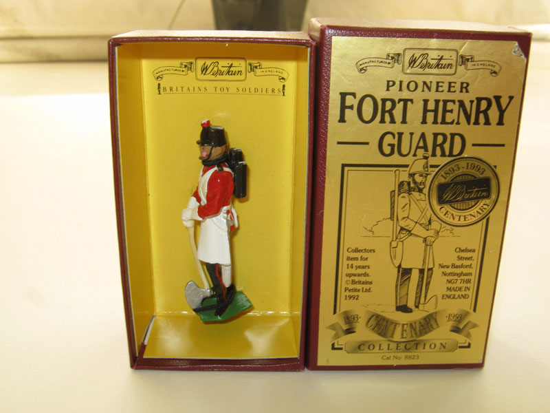 Britains (Centenary Collection) Fort Henry Guards Pioneer No 8823