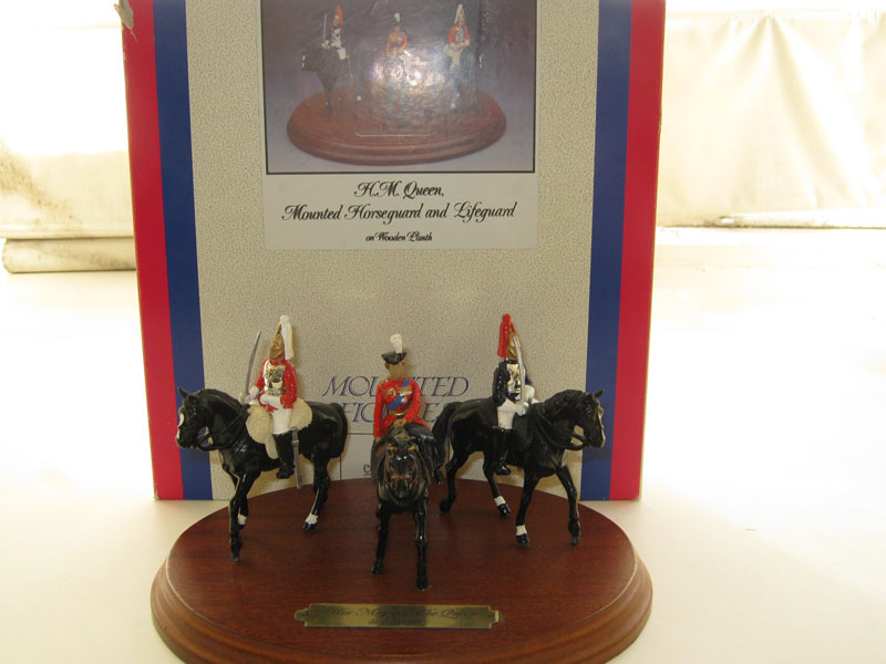 Britains The Queen, Lifeguard and Royal Horseguard 3 Piece Set 8152