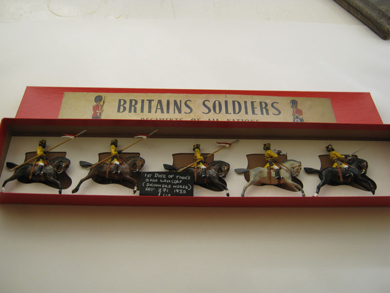 Britains 1st duke of York's own Lancers (Skinners Horse) Set 2719 (Repainted) 1935