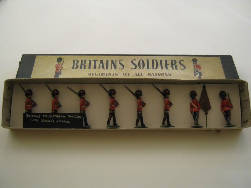 Britains Coldstream Guards with Queens Colour (Repainted) 1897-1965