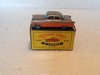 Matchbox Series 1-75 No 33 Ford Zodiac Metallic Mauve Body, Orange Panels