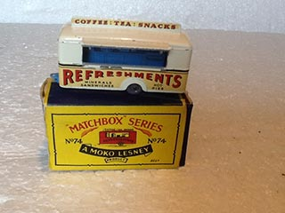 Matchbox Series 1-75 No 74a Mobile Refreshment Bar White Body, Blue Interior