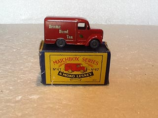 Matchbox Series 1-75 No 47 Trojan Van Brooke Bond Tea