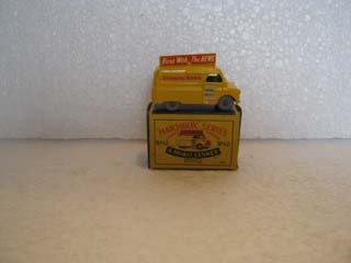 Matchbox Series 1-75 No 42 Evening News Van