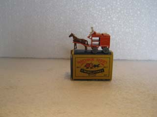 Matchbox Series 1-75 No 07 Horse Drawn Milk Float