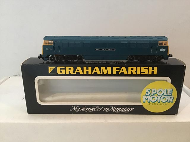Graham Farish Railways 8425 Class 52 Western Locomotive Western Gauntlet R/N D1070 BR Blue Livery