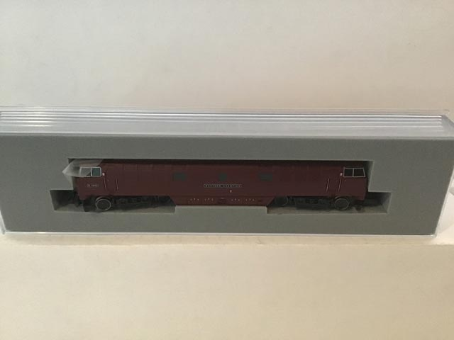 Graham Farish by Bachmann 371-404 Class 52 Western Co-Co Locomotive Western Champion R/N D1015 BR Maroon Livery