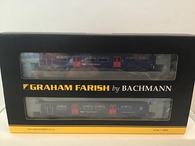 Graham Farish by Bachmann 371-330 Class 159 2-Car Sprinter DMU R/N 150128 First Great Western Violet/Blue Livery