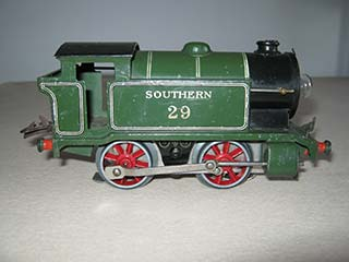 Hornby O Gauge 3 Rail E120 No 1 0-4-0T Southern Green 29 20 Volt Electric