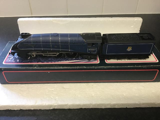 Bachmann Railways 31-954 LNER Class A4 Locomotive Sir Nigel Gresley R/N 60007 Br Blue Livery 4-6-2