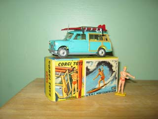 Corgi Toys 485 Mini Clubman With Surfer
