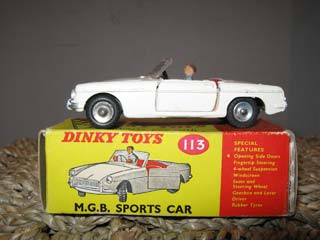 Dinky Toys 113 MG MGB Sports Car