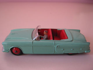 Dinky Toys 132 Packard Convertible