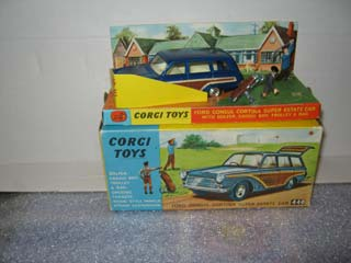 Corgi Toys 440 Ford Consul Cortina Super Estate